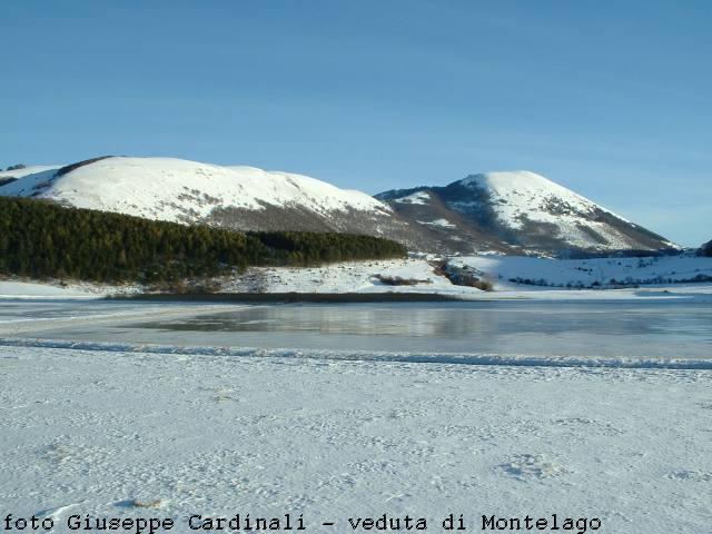Veduta invernale di Montelago